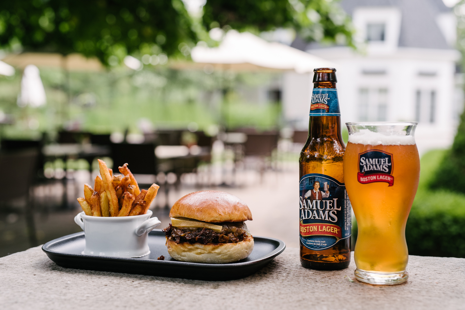Burger and beer pairing