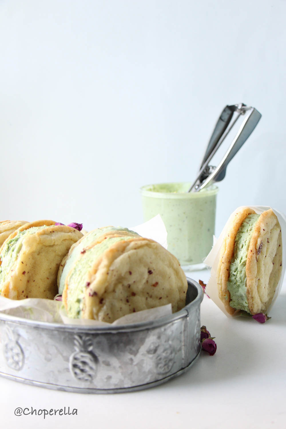 Rose & PIstachio Icecream Sandwich-1-14