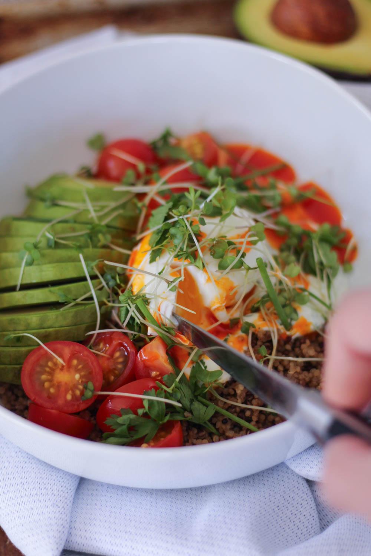 Quinoa Cilbir Bowl-11